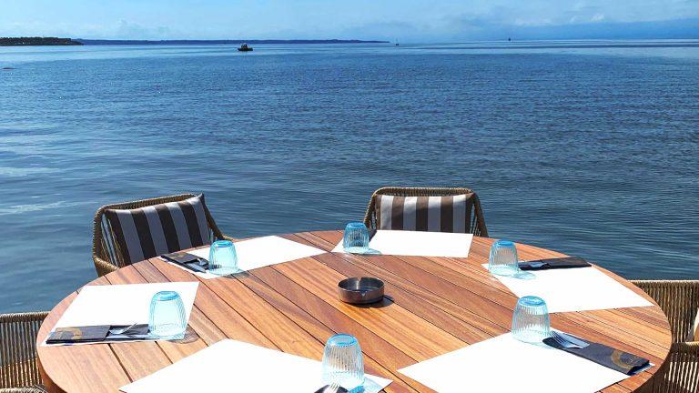 Omilos The Beach Club Table
