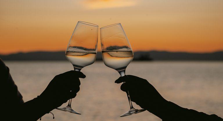 Omilos The Beach Club - Wines